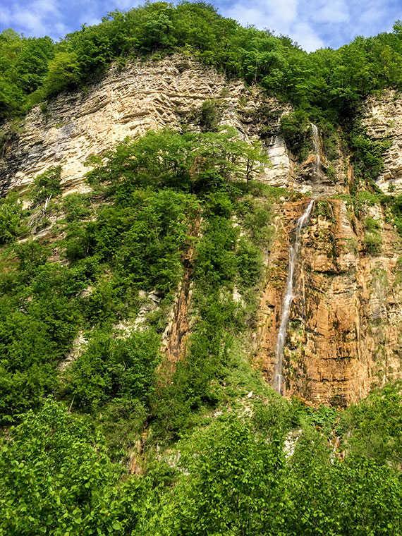 Водопад Кинчха