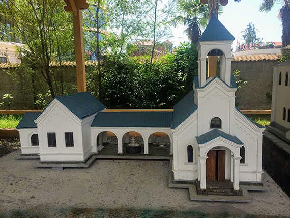 Церковь Святой Варвары макет в Батуми