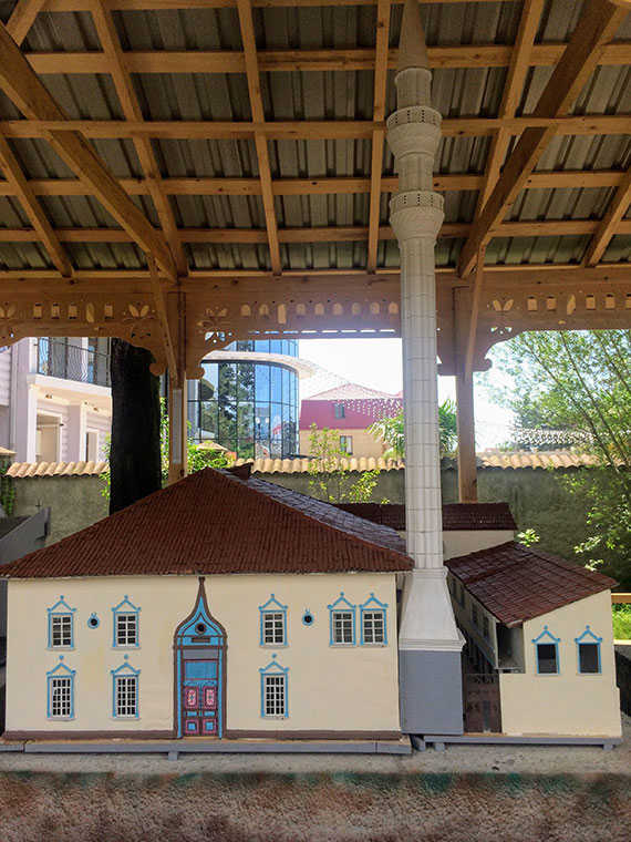 Мечеть Орта Джаме макет в Батуми