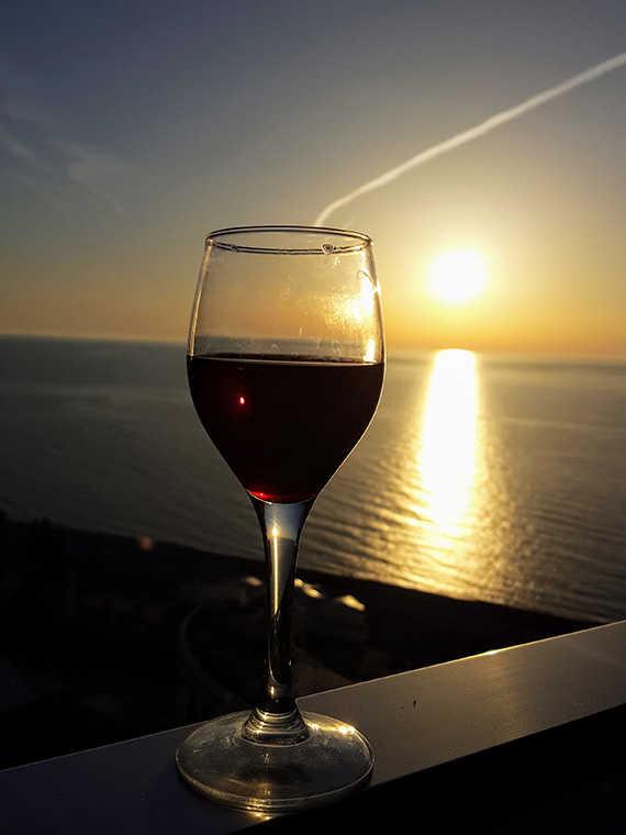 вино на море батуми