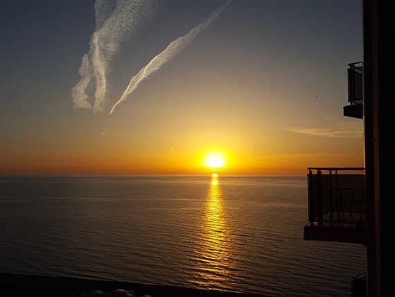 закат на море в батуми