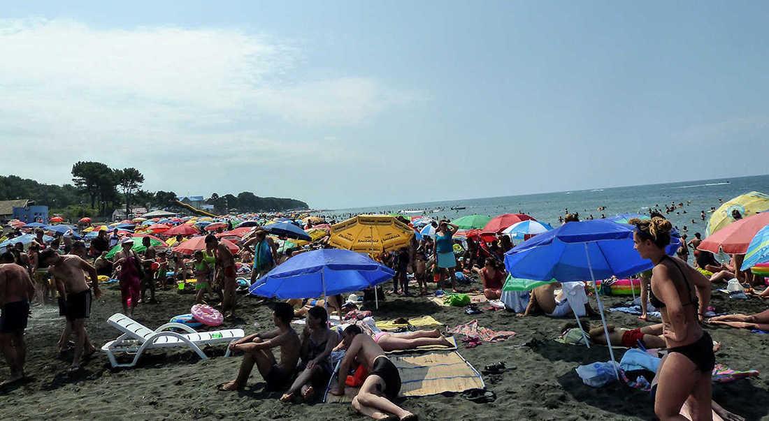 пляжный сезон грузия